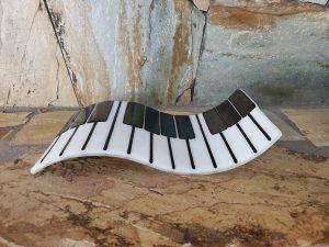 Wave Piano Plate by Vicki Urbich