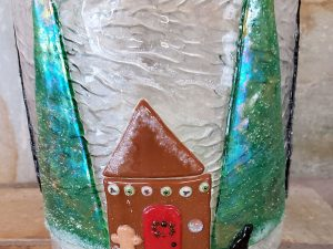 Gingerbread Candle Screen by Vicki Urbich